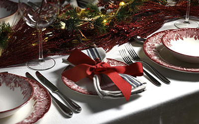 4 Steps to Creating a Sophisticated Christmas Table