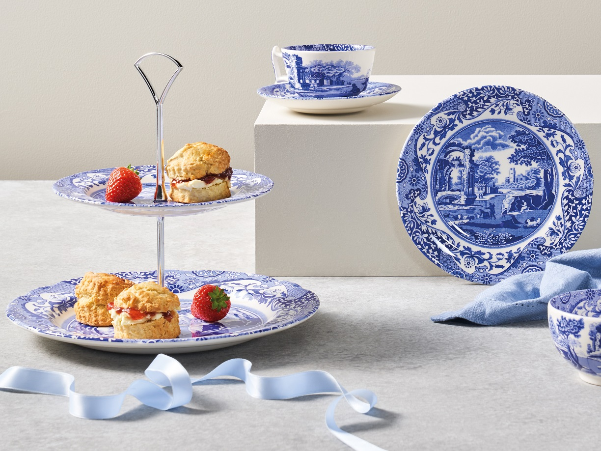 Spode Blue Italian Cake Stand with Scones