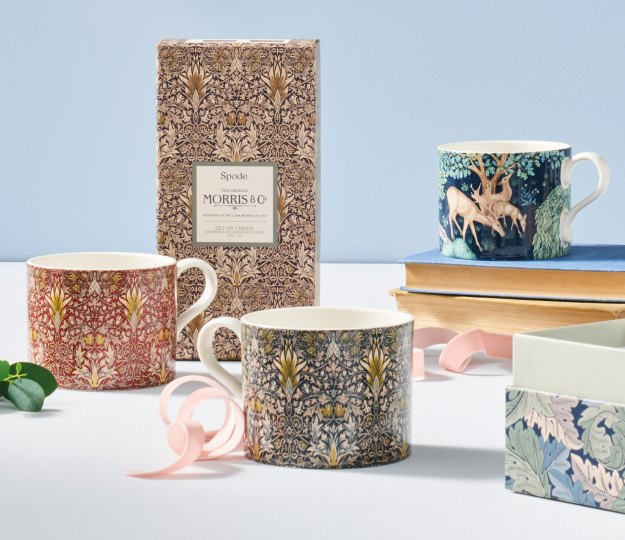 Collaborating with the most wonderful British brands. The ultimate gift from Morris & Co. X Spode.